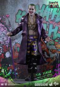 Suicide Squad - The Joker Purple Coat Version (MMS382)