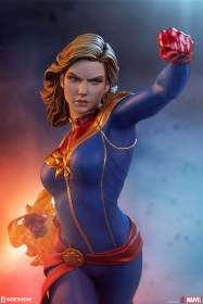 Captain Marvel 1:5 Scale Statue