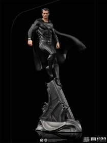 Iron Studios - 1:10 Scale Statue Superman Black Suit