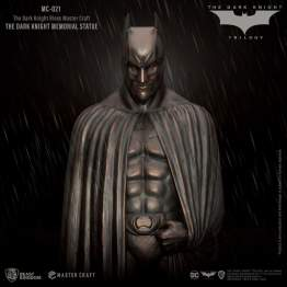 Beast Kingdom - The Dark Knight Memorial Statue