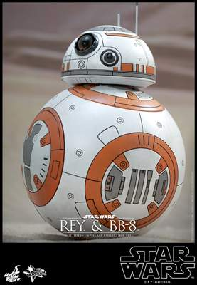 Star Wars: The Force Awakens: 1/6th scale Rey and BB-8 Set