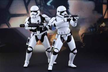 Star Wars: The Force Awakens - 1/6th scale First Order Stormtroopers Set